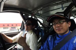 SS12へ向けてリエゾン走行中。ラリー中に「川名さんチャラいっすねw」って10回くらい言った気がする(笑)